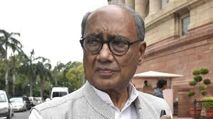 digvijaya-singh-tweet-on-stray-cows-if-cm-kamal-na