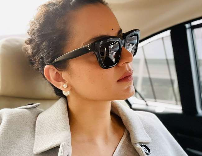 kangana-ranaut-lashes-out-at-liberals-as-her-twitt