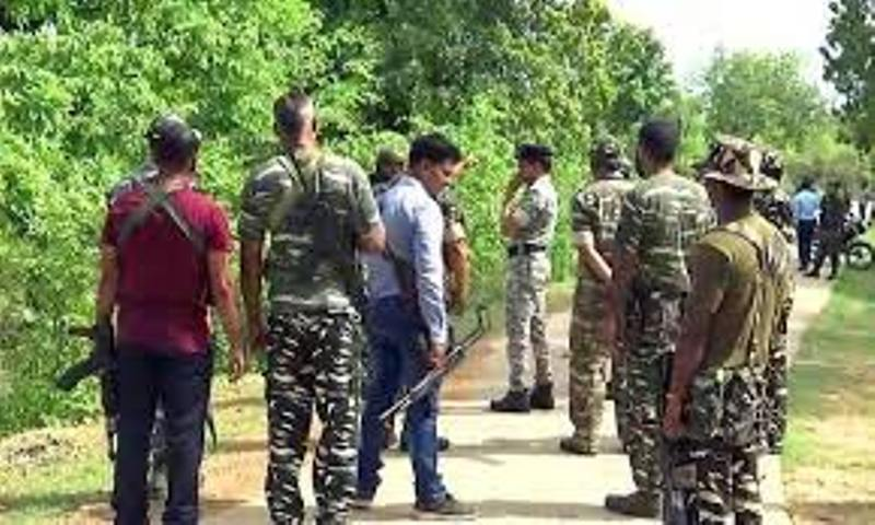 raipur-news-2-naxalite-died-during-police-and-naxa